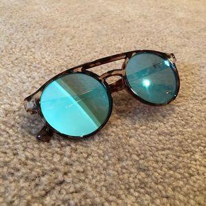 Blue tinted Bay Sky Sunglasses